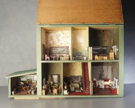 dolls-house-overall.-small-450x360