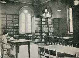 childrens_library_1915