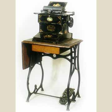 Sholes & Glidden typewriter - Virtual Typewriter Museum